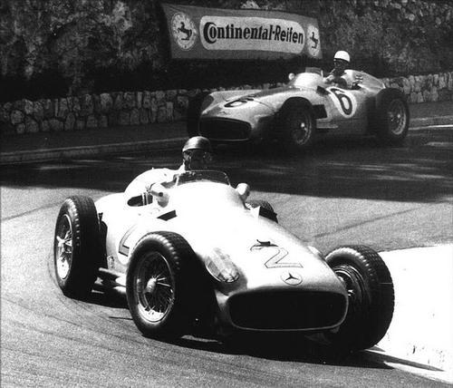 1955 Monaco (Juan-Manuel Fangio, Stirling Moss, Mercedes W196).jpg