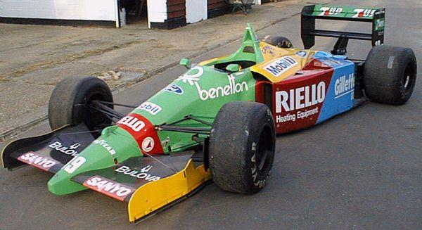 Benetton B189.jpg