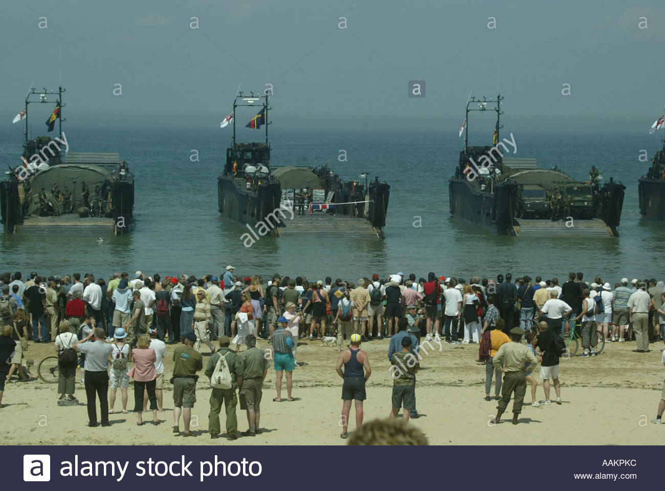 events-to-mark-the-60th-anniversary-of-the-d-day-landings-in-normandy-AAKPKC.jpg
