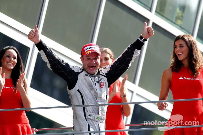 f1-italian-gp-2009-podium-race-winner-rubens-barrichello-brawn-gp.jpg