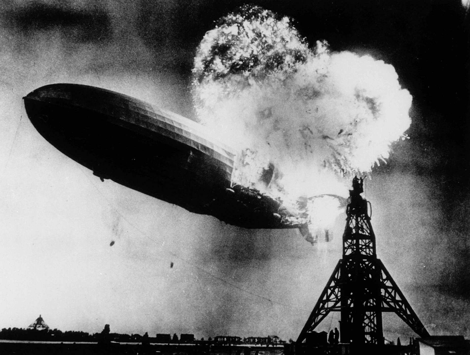 Hindenburg-disaster.jpg