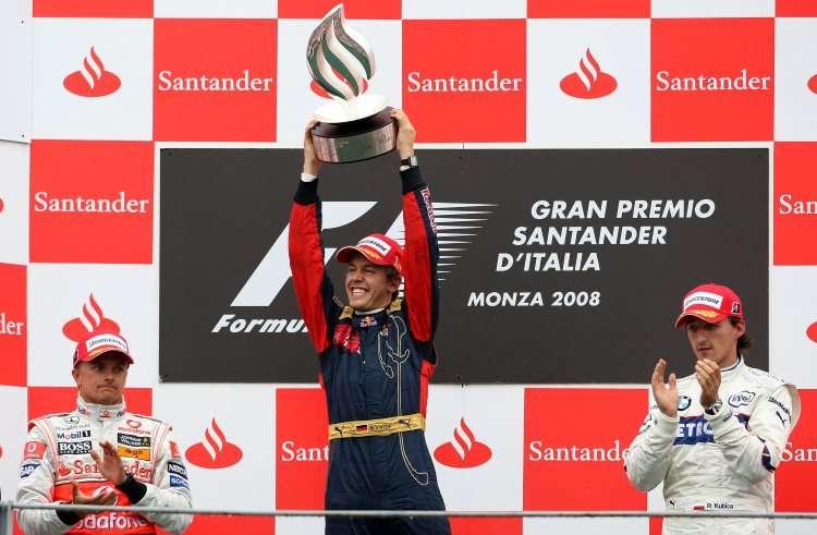 Sebastian-Vettel-Italy-Monza-F1-2008-podium-with-Kovalainen-and-Kubica-Foto-F1fanatic-750x491.jpg