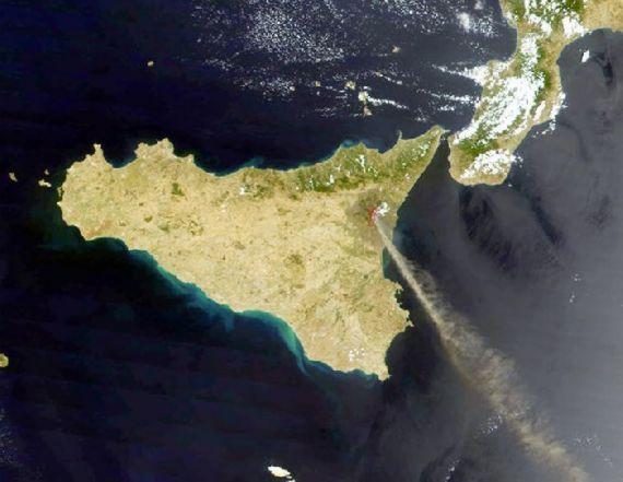 volcanoes-space01.jpg