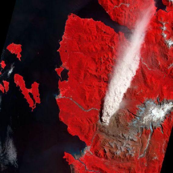 volcanoes-space03.jpg