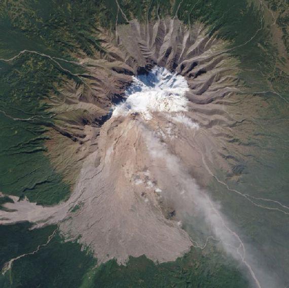 volcanoes-space21.jpg