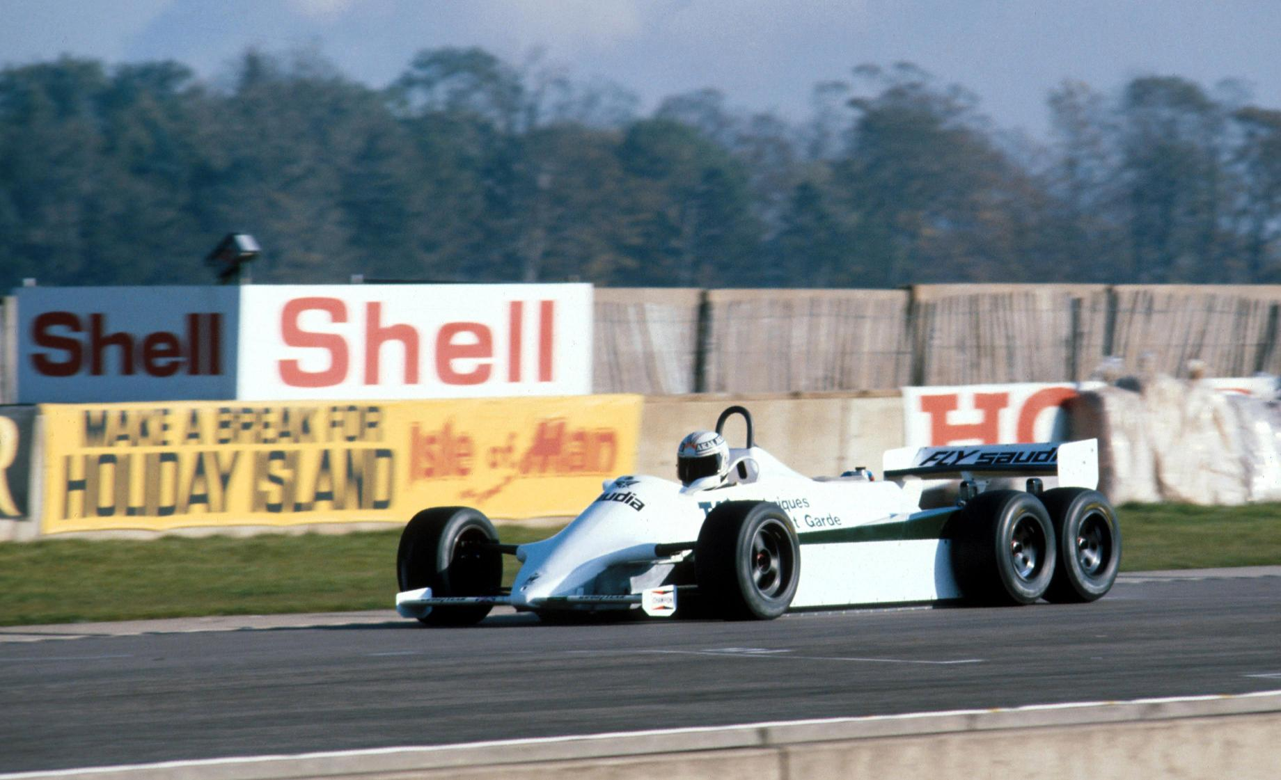 williams-1982-6 wheeler-01b.jpg
