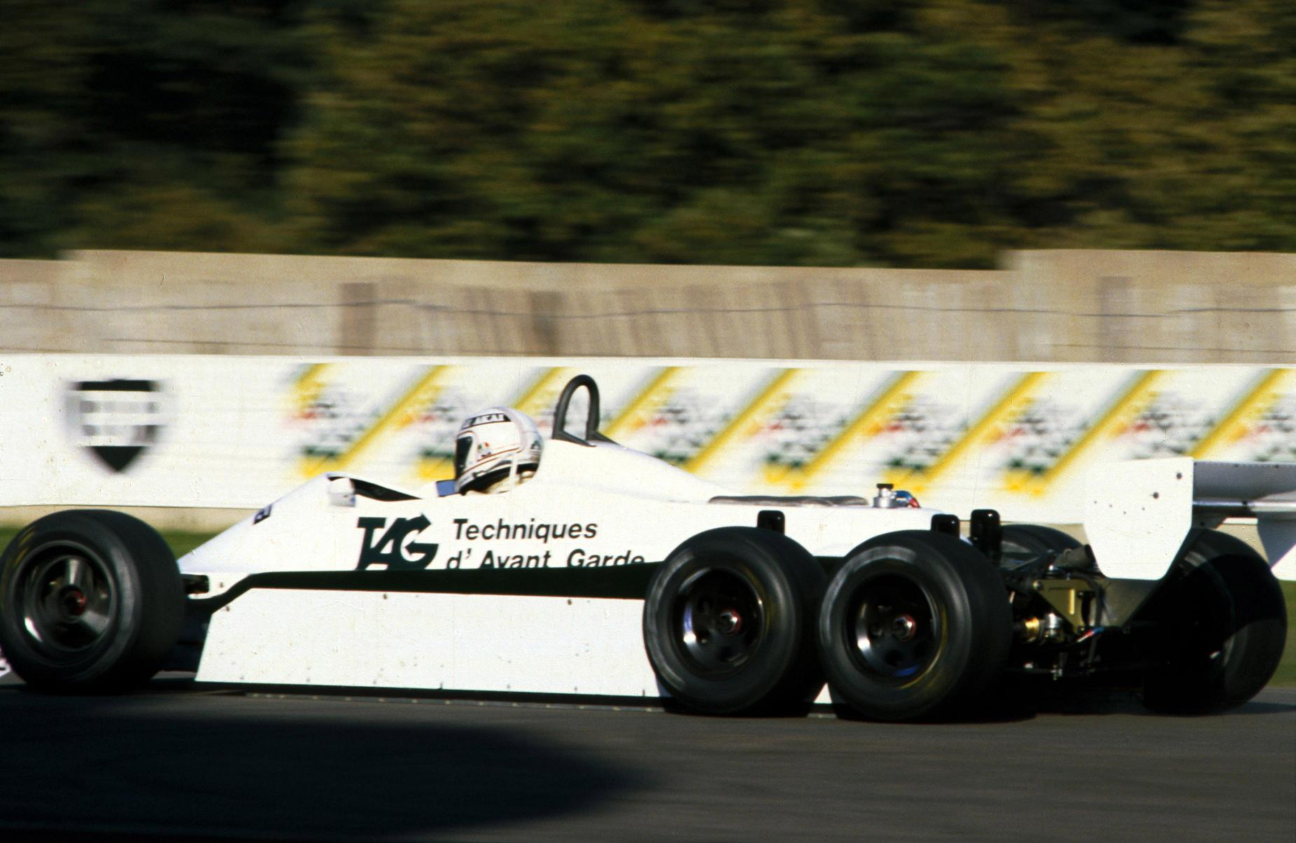 williams-1982-6 wheeler-02b.jpg