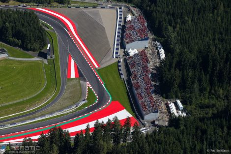 www.f1fanatic.co_.ukmoto-gp-red-bull-ring-201-b865daa7bc419c7f9836bcb31c7137500b3b7156.jpg